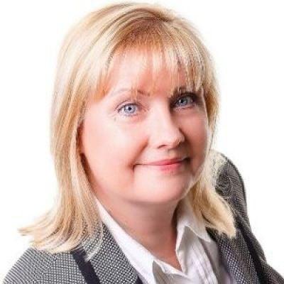 Lisa Settle | Director,Telcare Ltd